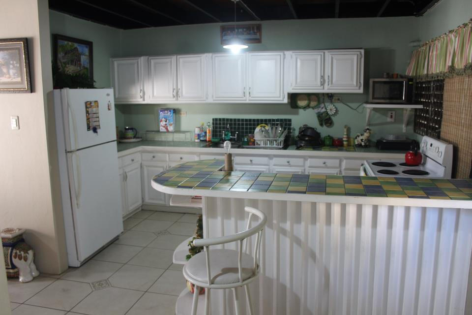 town-house-for-sale-1093883640.jpg