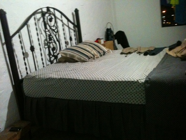 Queen sized bed divan and iron frame trinidad classifieds for Divan queen size bed