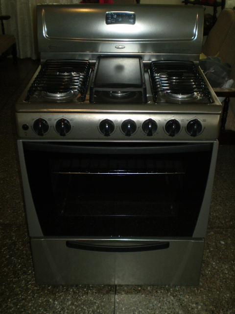 whirlpool 30u2033 stove with stainless steel finish
